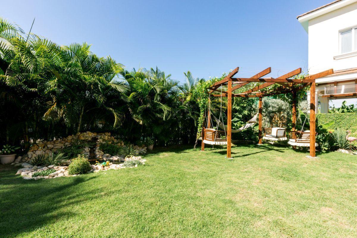 4 de 46: Villa Punta Cana village en venta 2 niveles 4 dormitorios