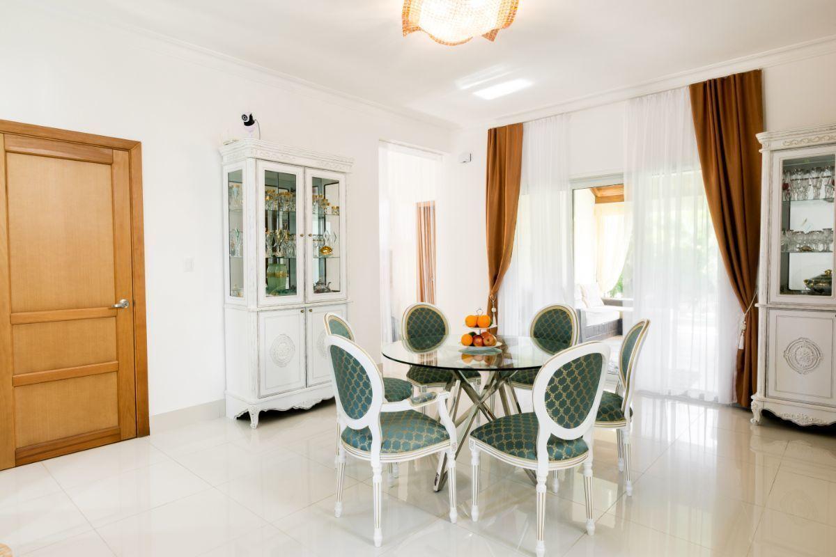 17 de 46: Villa Punta Cana village en venta 2 niveles 4 dormitorios