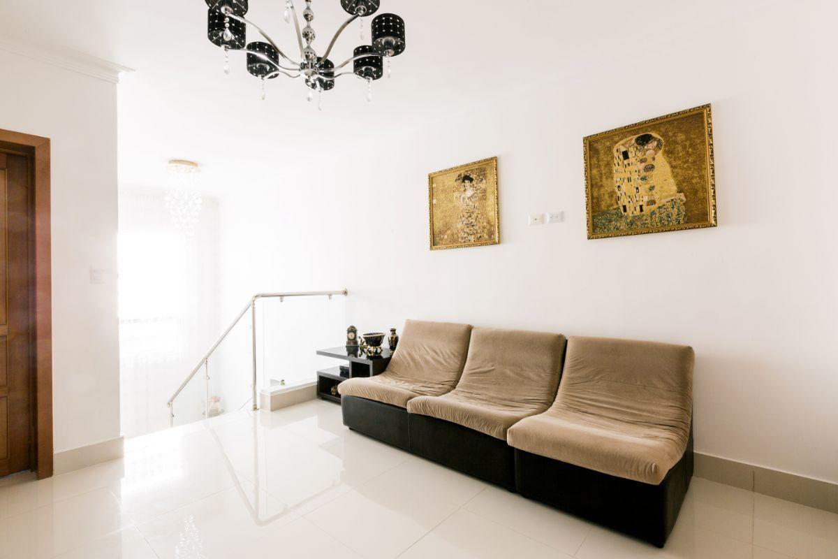 28 de 46: Villa Punta Cana village en venta 2 niveles 4 dormitorios