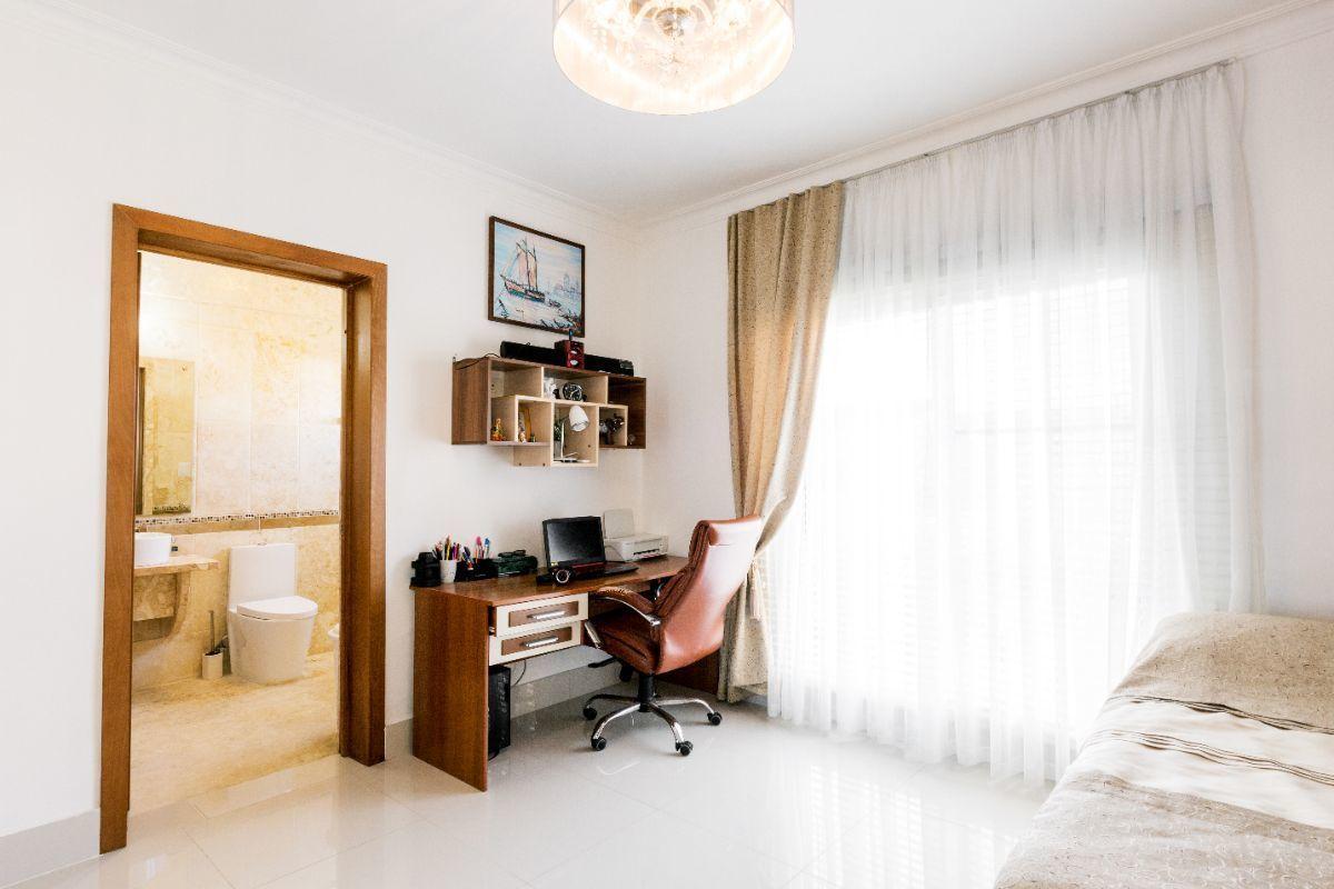 30 de 46: Villa Punta Cana village en venta 2 niveles 4 dormitorios