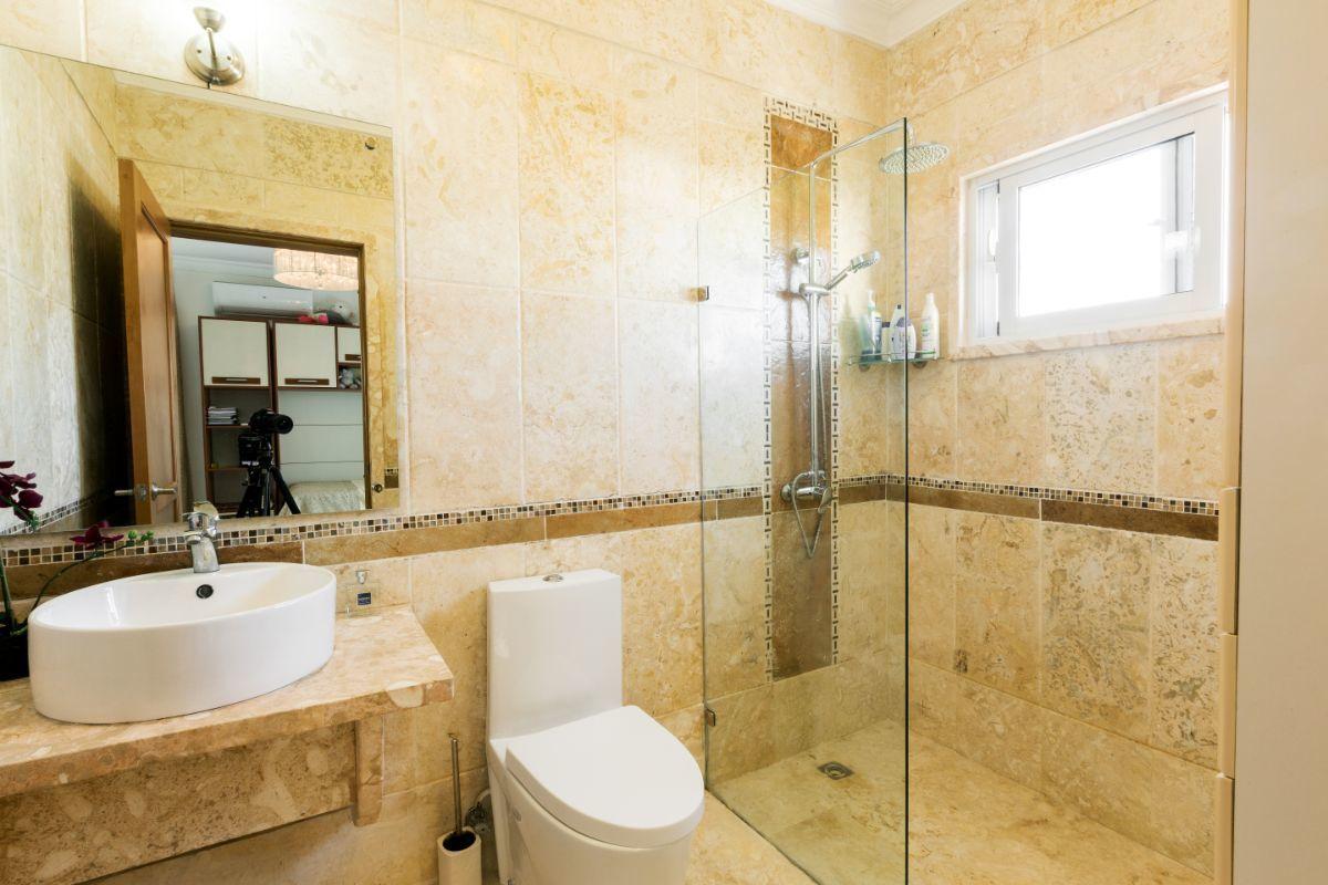 33 de 46: Villa Punta Cana village en venta 2 niveles 4 dormitorios