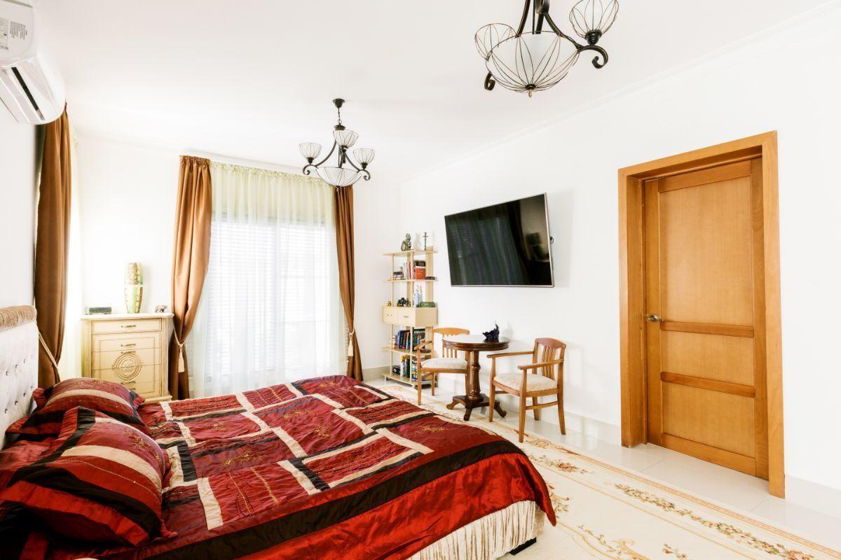 38 de 46: Villa Punta Cana village en venta 2 niveles 4 dormitorios