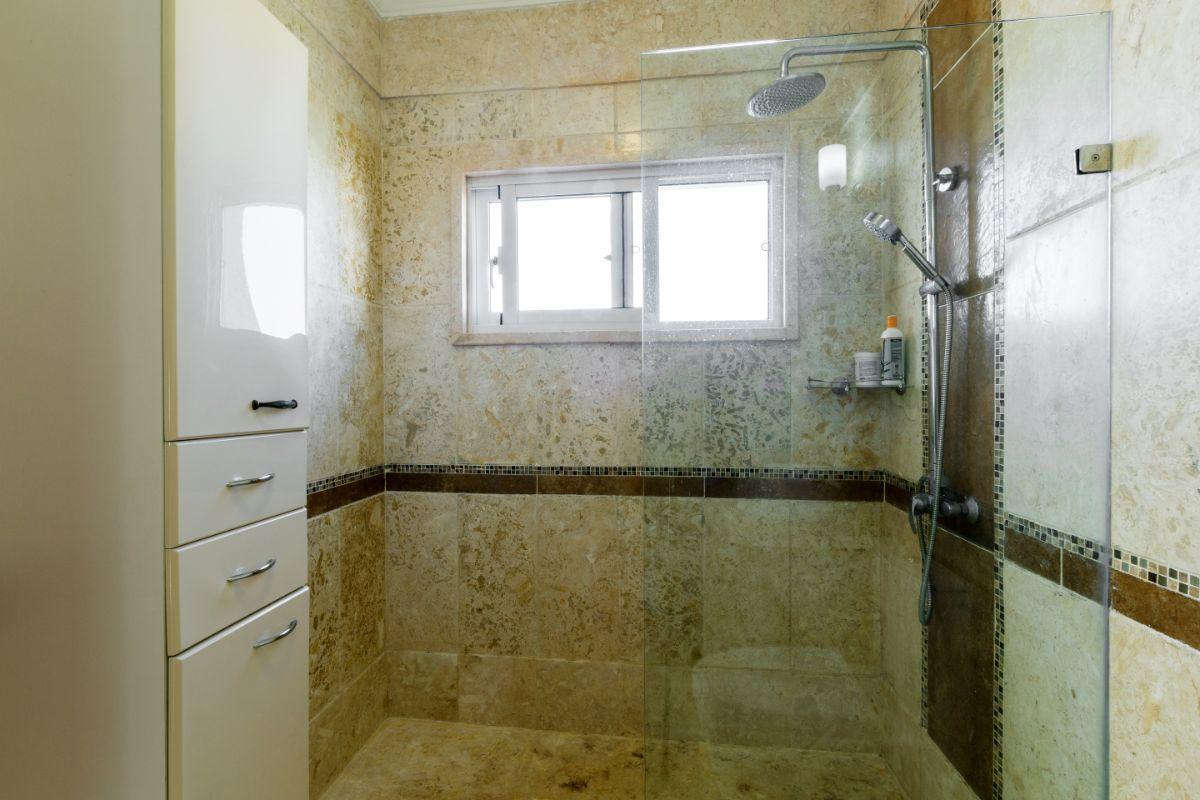 42 de 46: Villa Punta Cana village en venta 2 niveles 4 dormitorios