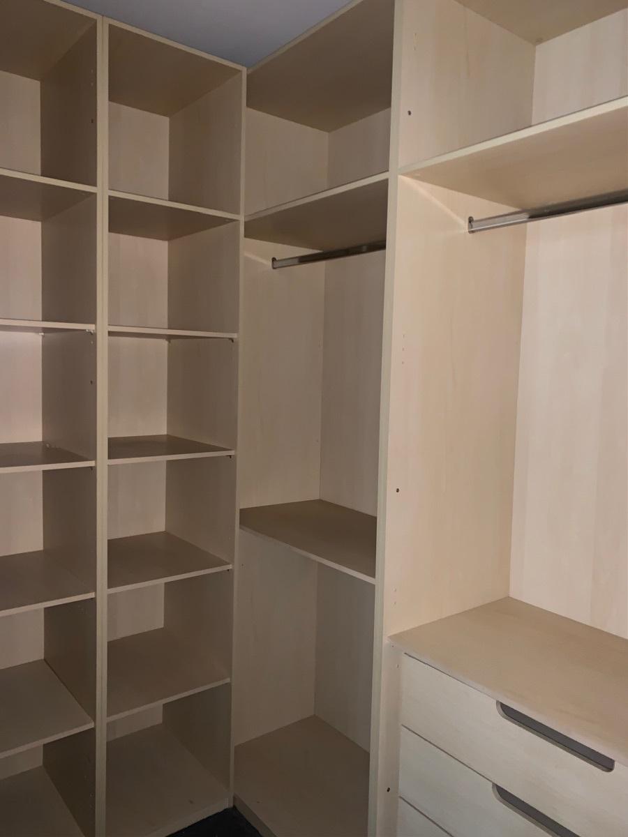 10 de 24: Closets amplios y eficientes