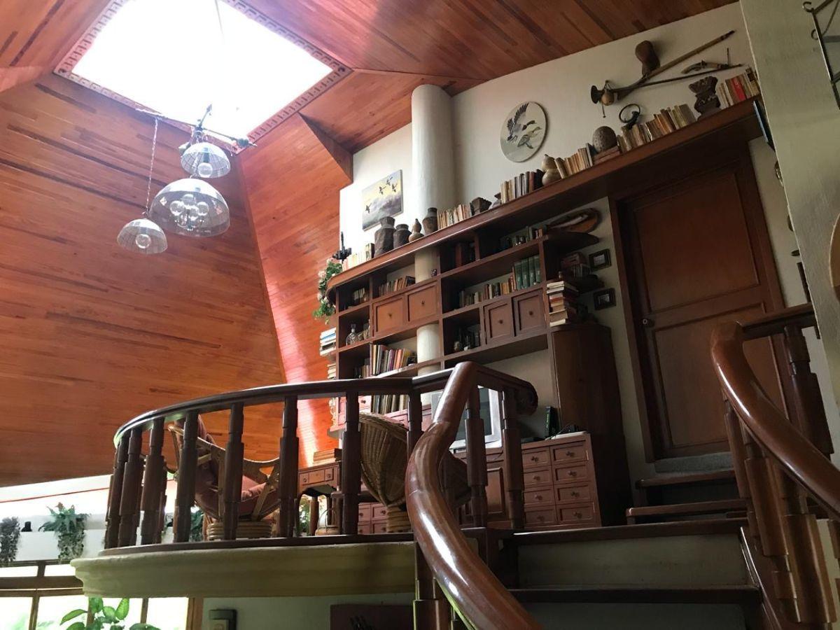 2 de 31: Balcón de recámara principal