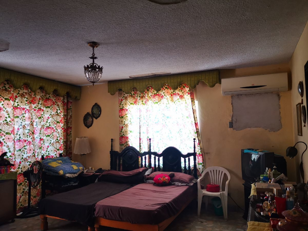 15 de 37: Recámara 1  amplia con baño/vestidos, terraza/balcón
