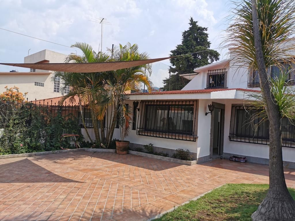 Preciosa Casa De Una Planta En Ciudad Satélite Naucalpan Jardín Roof Garden