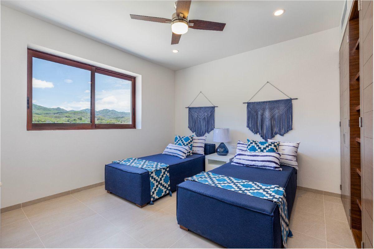 11 de 11: Second bedroom