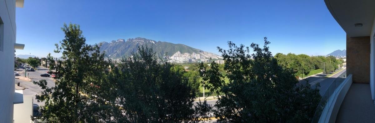 3 de 26: Espectacular vista a San Pedro y el Cerro de la Silla
