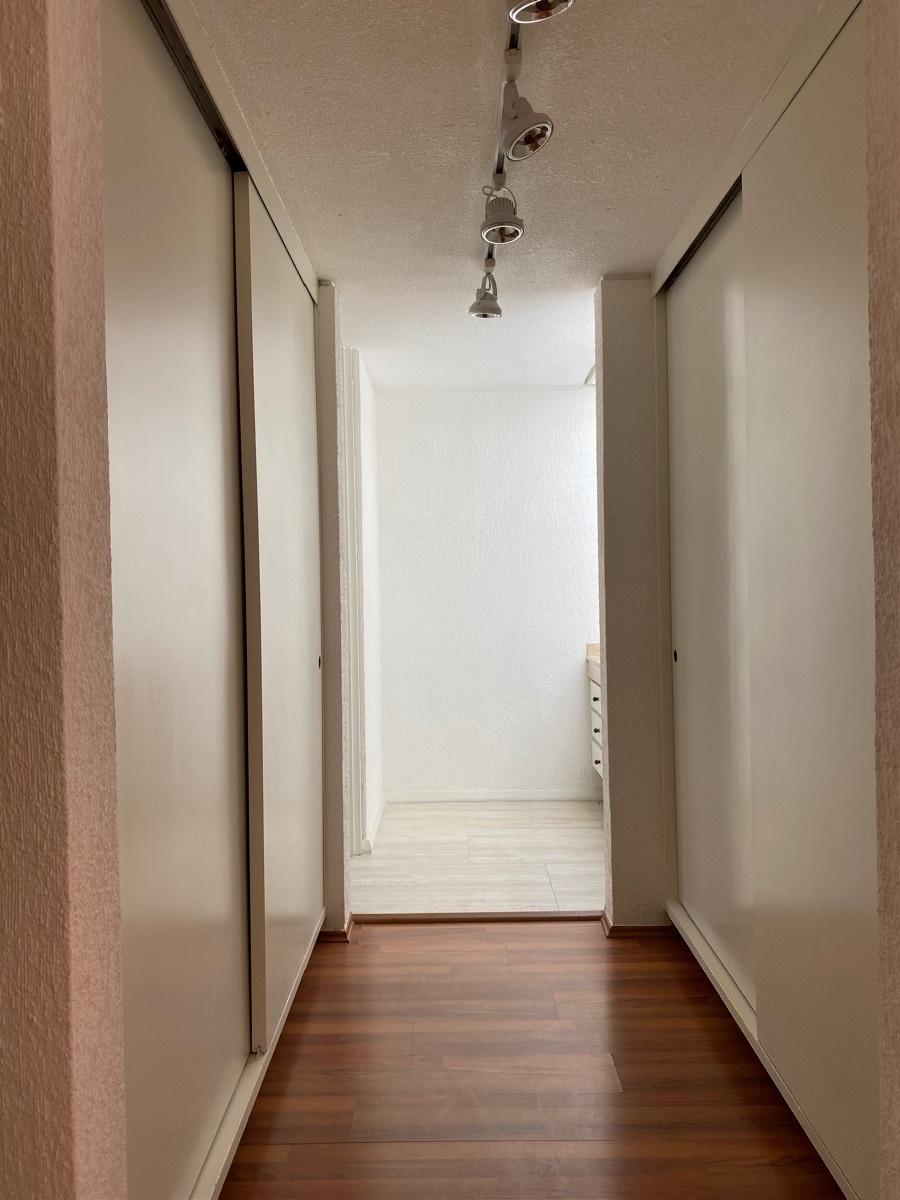 22 de 27: Walk in closet