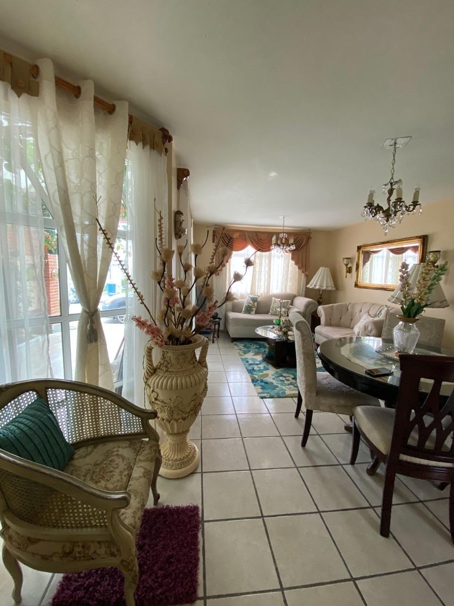 4 de 17: Casa Cerca ITLA - espacios amplios y cómodos