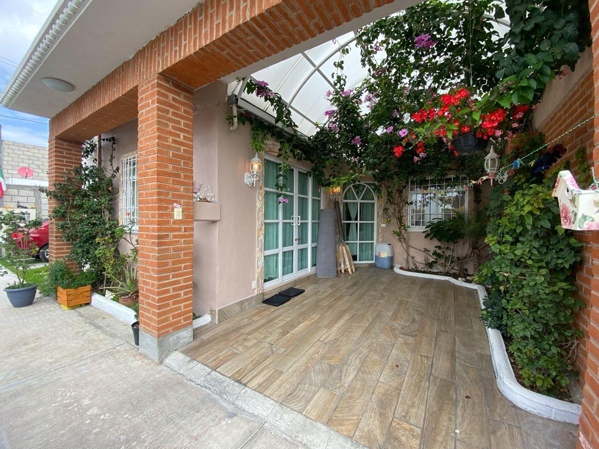 1 de 17: Casa Cerca ITLA - Privada con Vigilencia