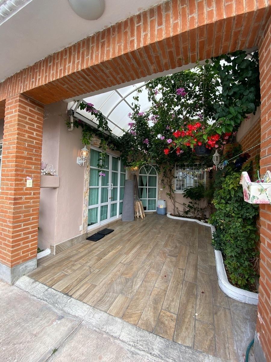 2 de 17: Casa Cerca ITLA - espacios amplios y cómodos