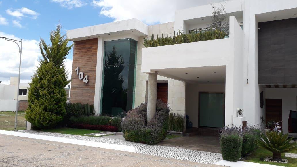 2 de 27: Residencia en Quinta Real