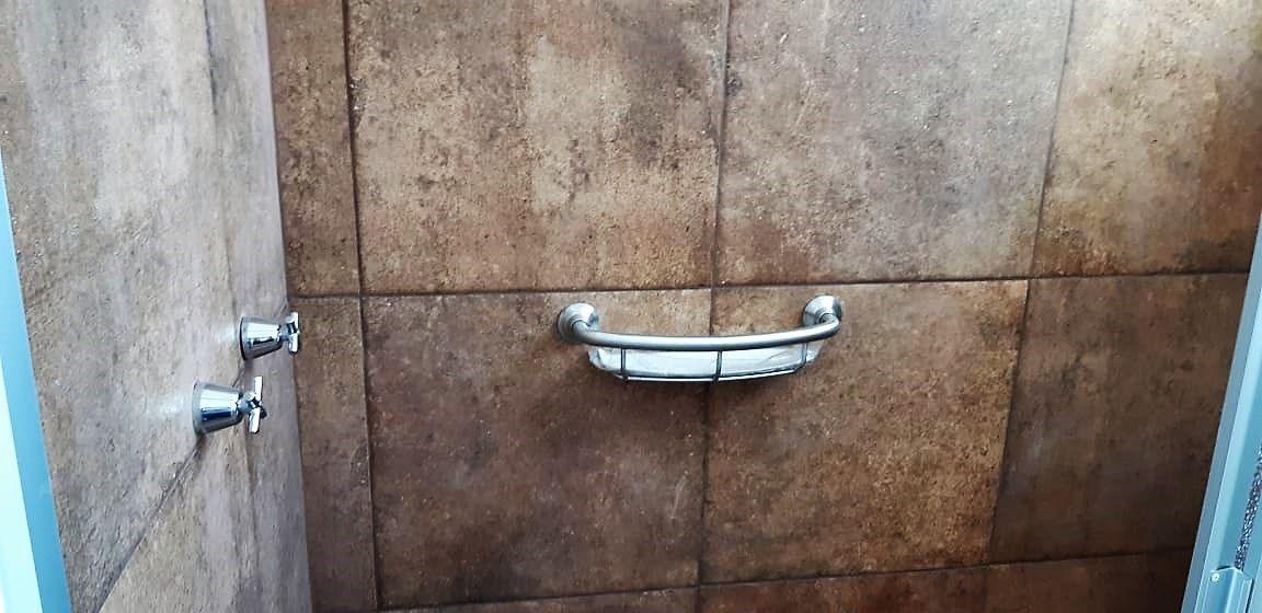 20 de 25: Baño Principal Remodelado