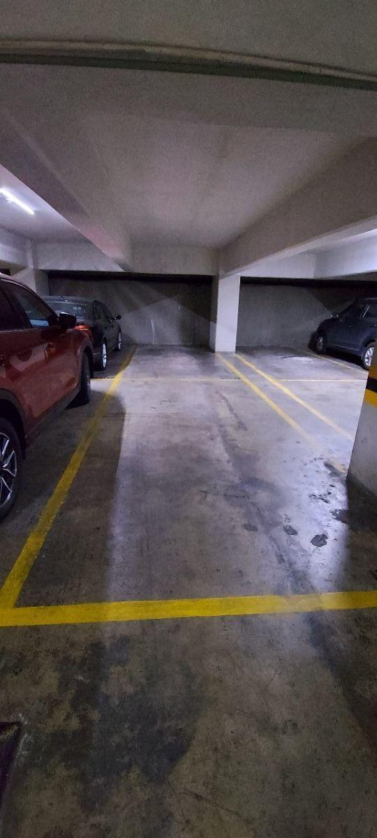 10 de 13: Estacionamiento (2 cajones en una misma fuila)