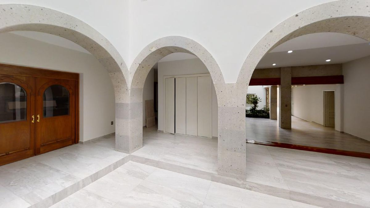17 de 32: Arcos interiores