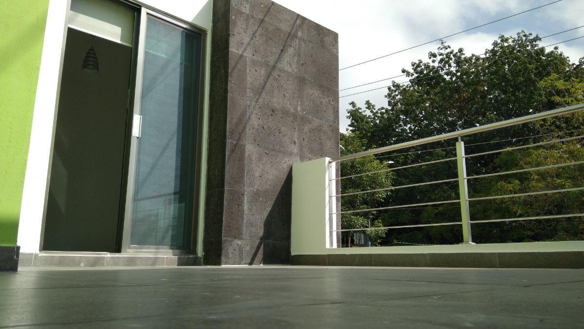 1 de 21: Terraza de recámara principal.