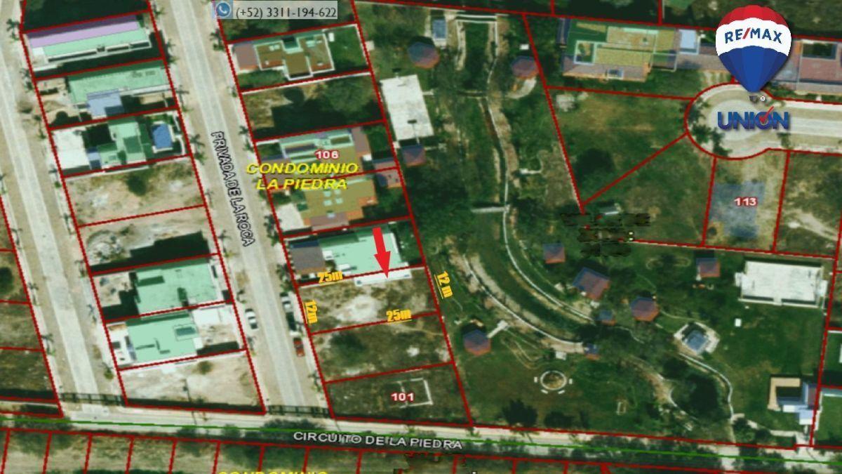 4 de 14: Ubicación del terreno en el condominio.