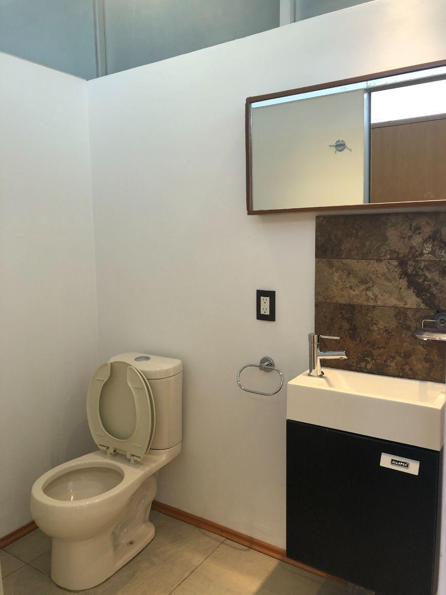 13 de 22: Baño habitación principal A