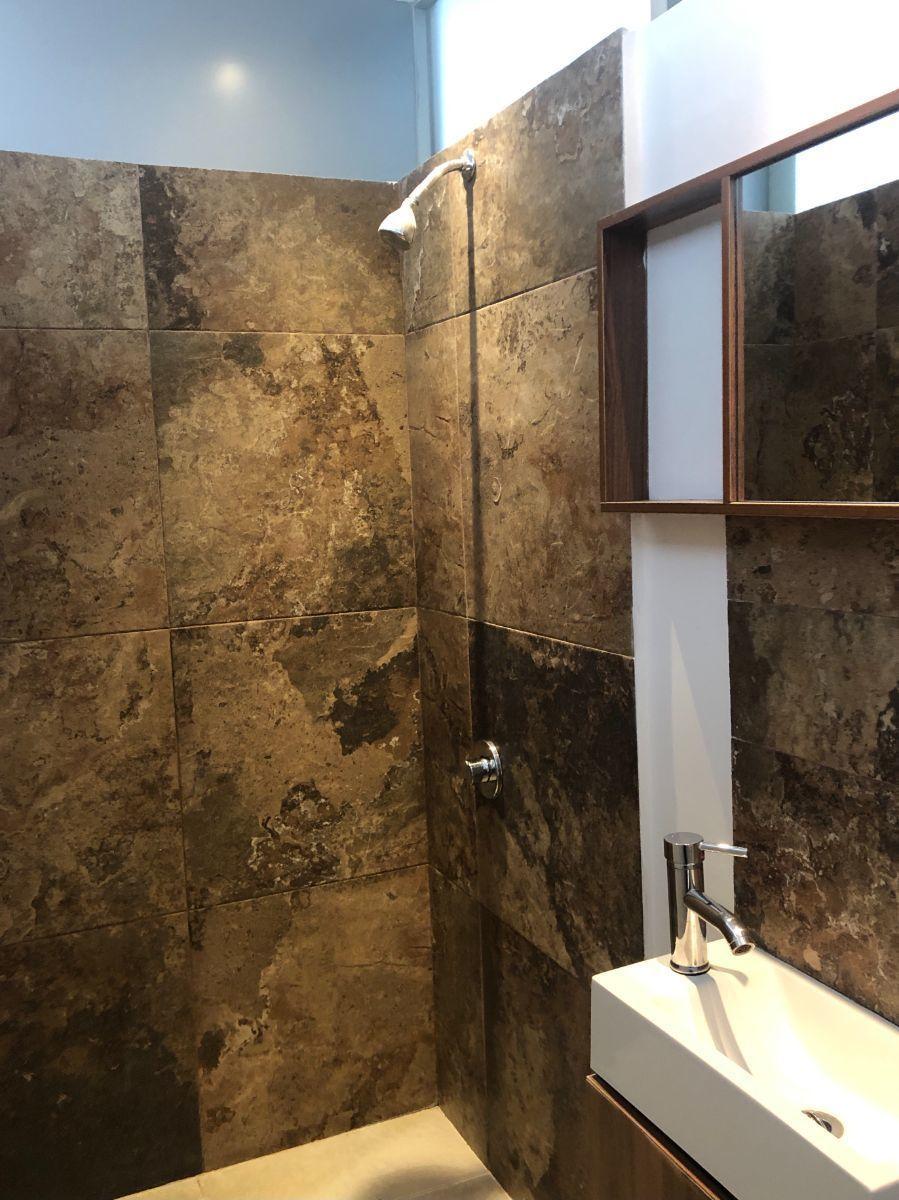 14 de 22: Baño habitación principal B