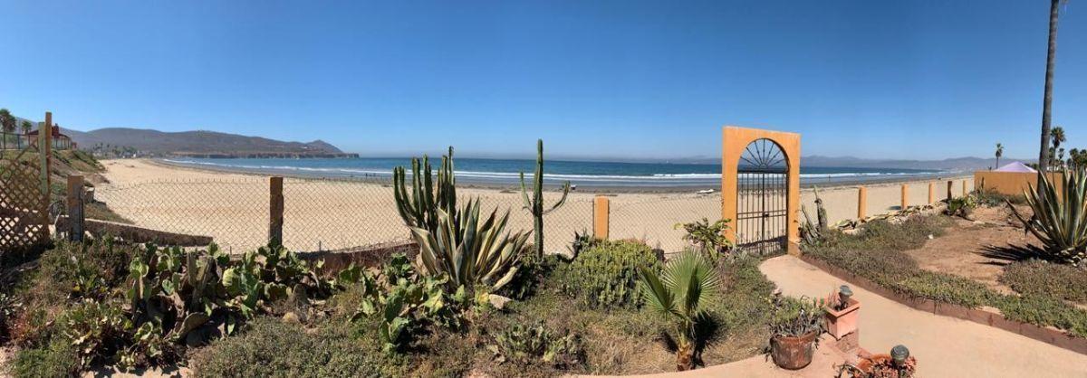 27 de 27: Vista panoramica a la playa