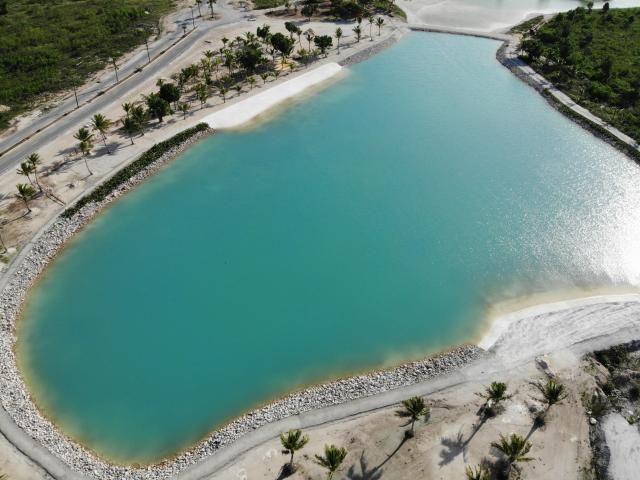 6 de 17: Playa Artificial