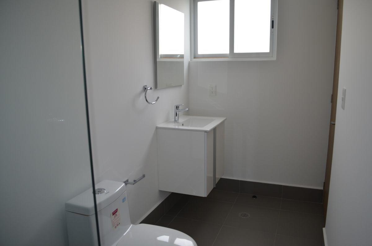 16 de 33: Baño recámara principal