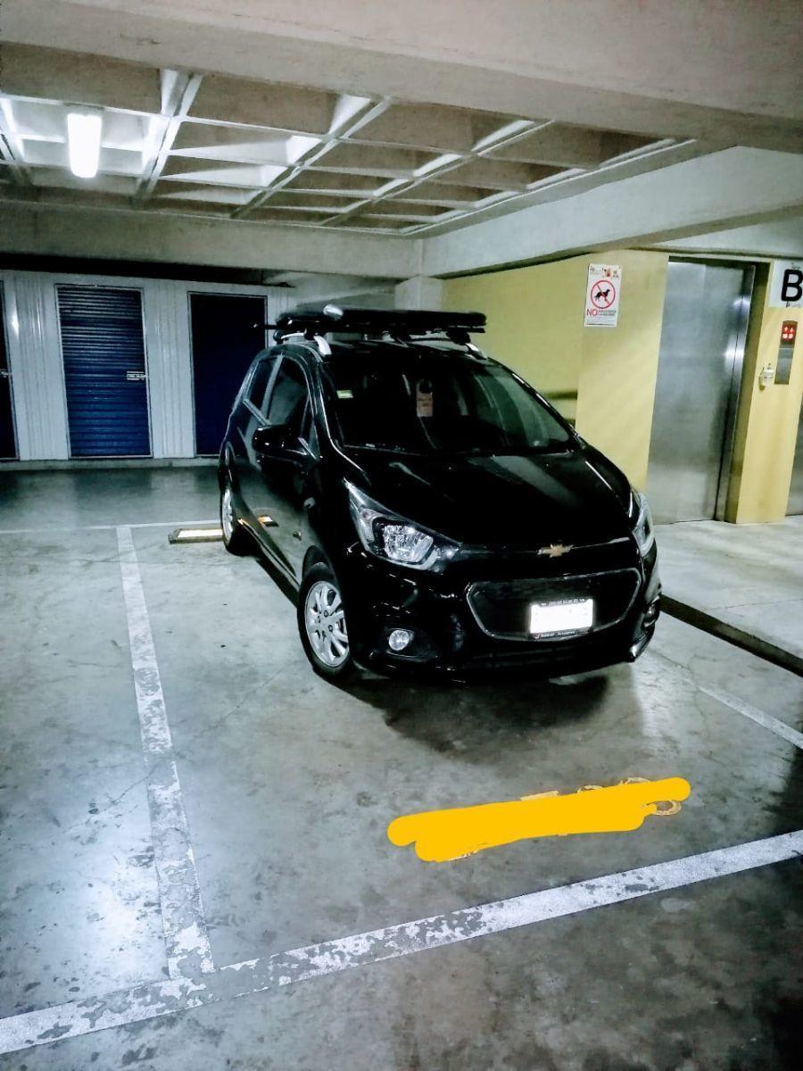13 de 16: Estacionamiento Fijo