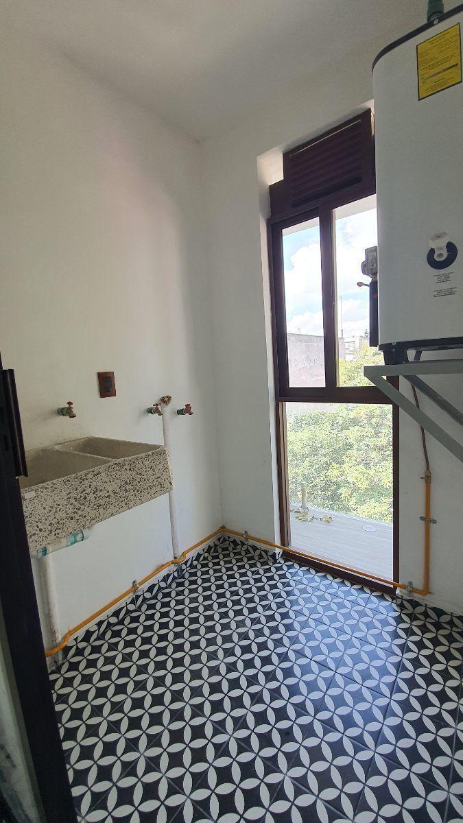 12 de 27: Area lavado. VENTA-CONDESA-PH-CARMEN-LABORIN