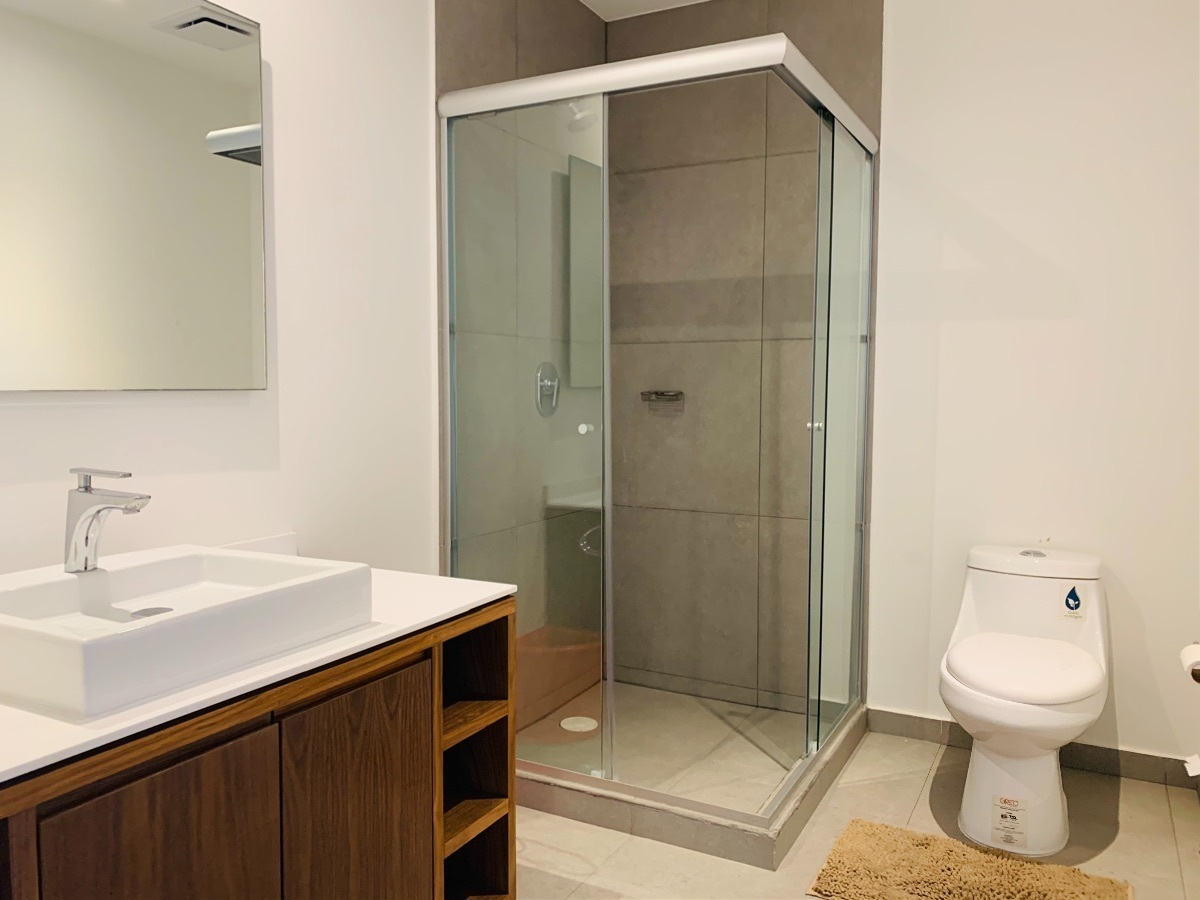 11 de 11: Baño principal