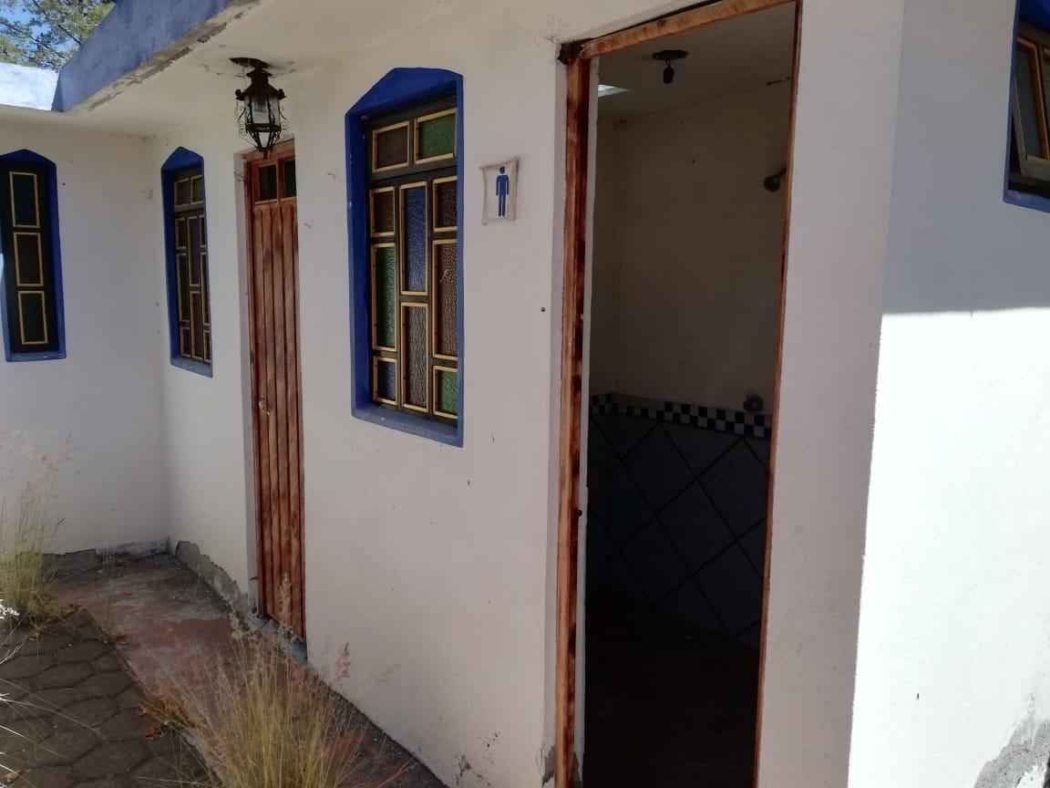 11 de 21: 2 baños completos en la parte exterior