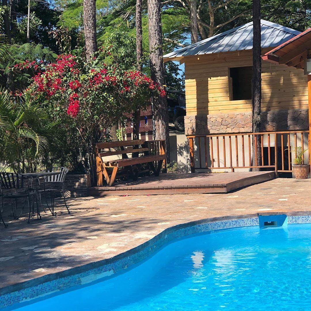 2 de 11: Villa en jarabacoa 12 dormitorios vista a la montaña