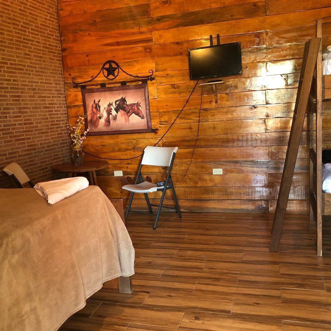 10 de 11: Villa en jarabacoa 12 dormitorios vista a la montaña