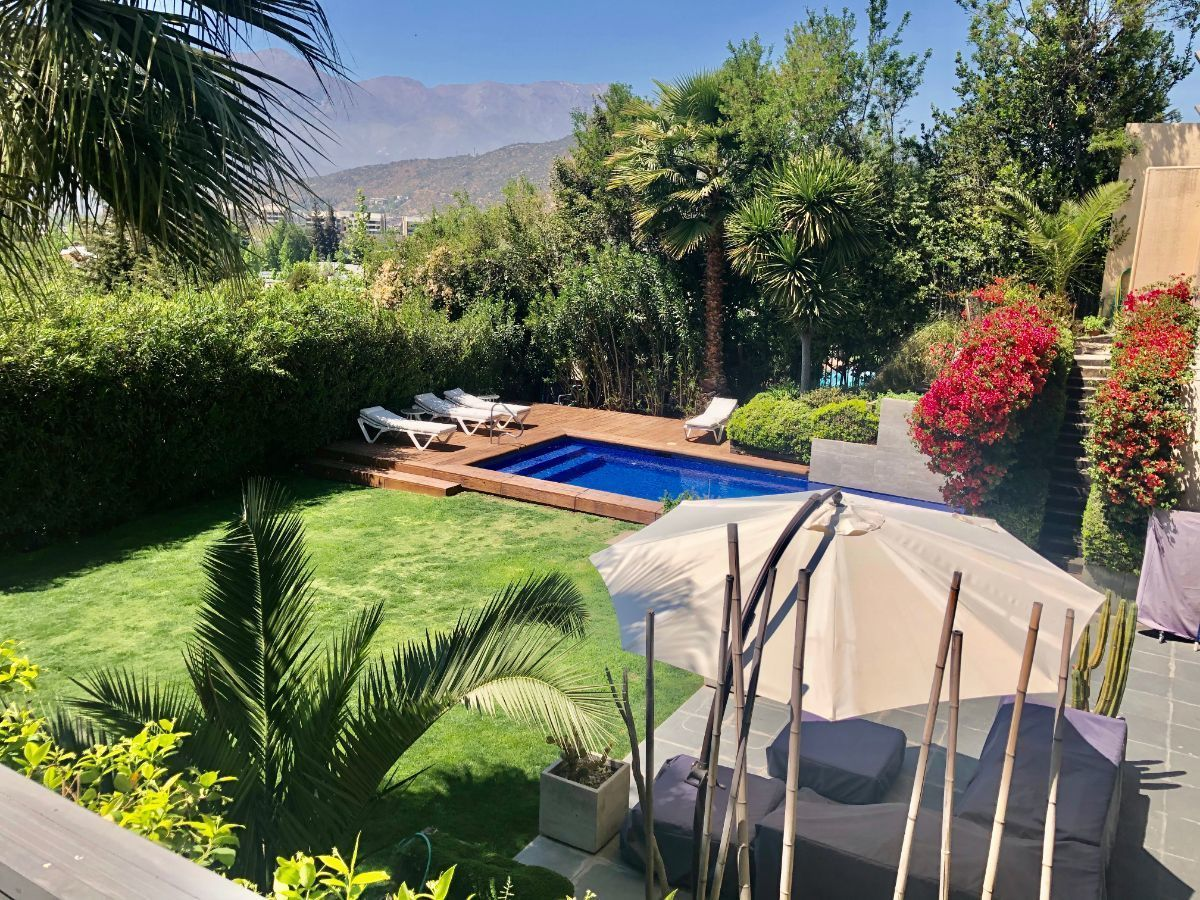 6 de 22: Jardín visto desde terraza