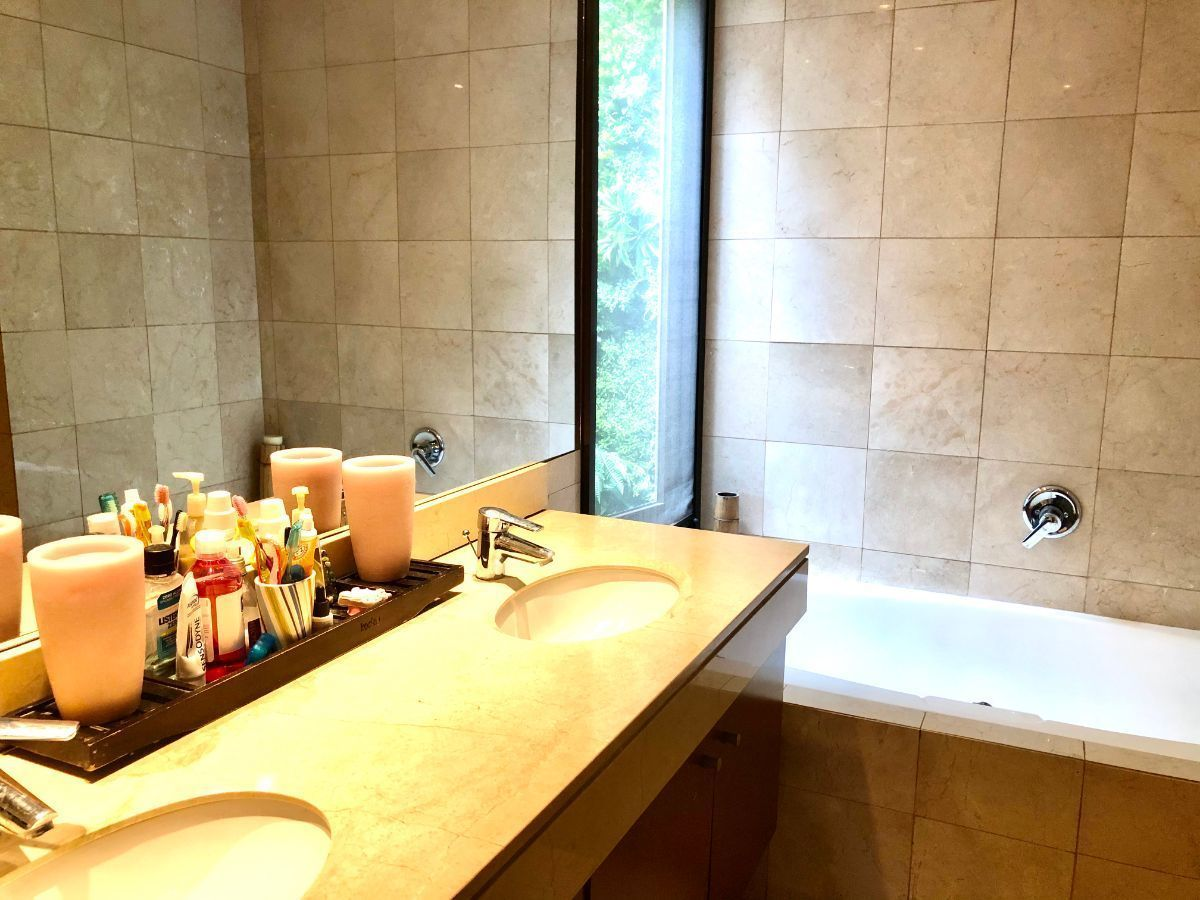 13 de 22: Baño suite principal