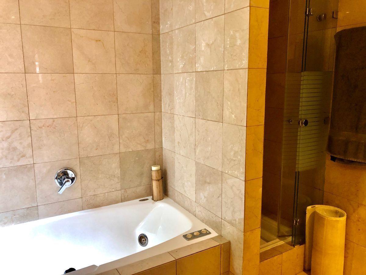 14 de 22: Baño suite principal