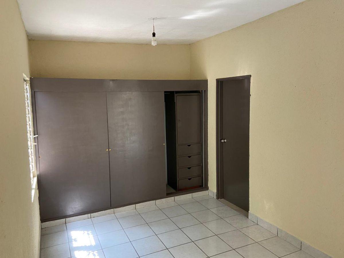 5 de 17: Habitación 1 closet y entrada de baño