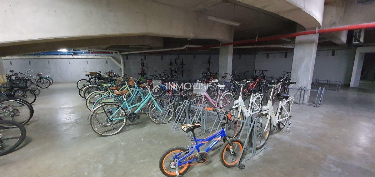 31 de 48: Estacionamiento de bicis