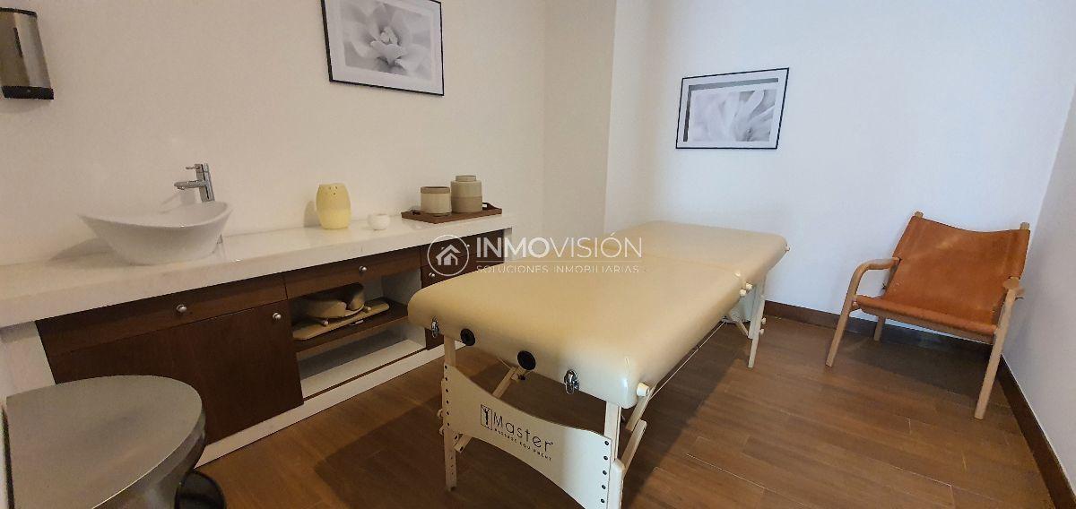 36 de 48: Sala de masajes