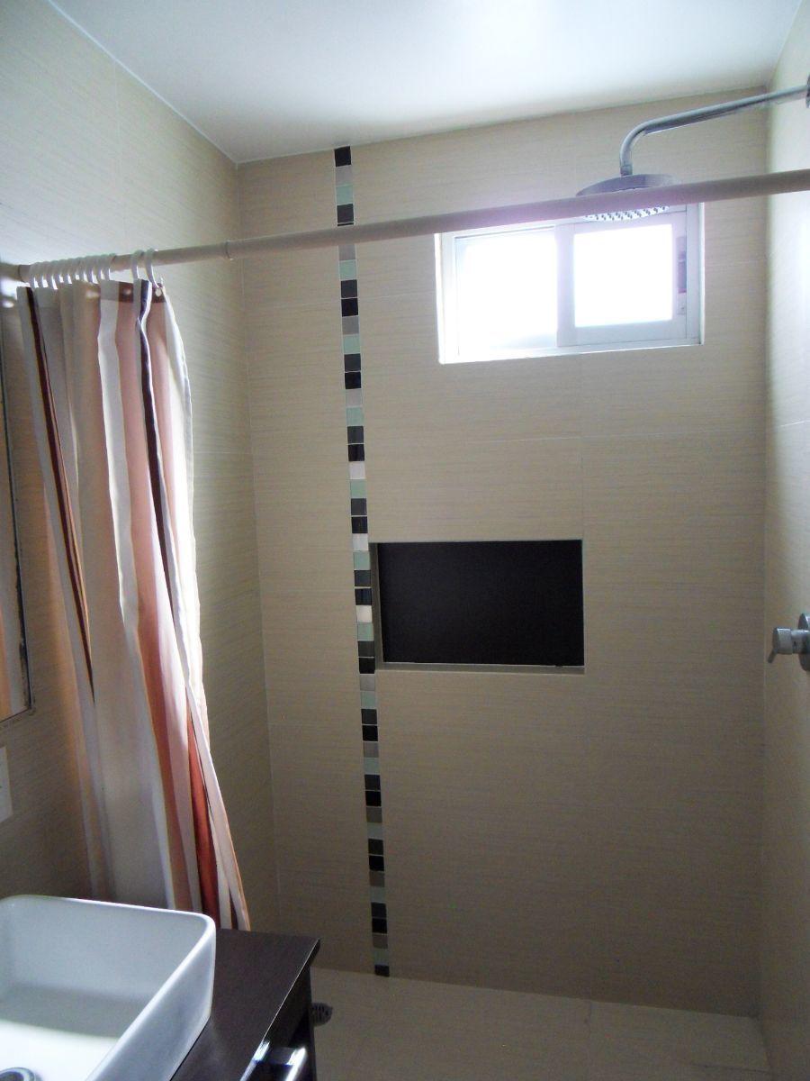 14 de 21: Baño recámara principal
