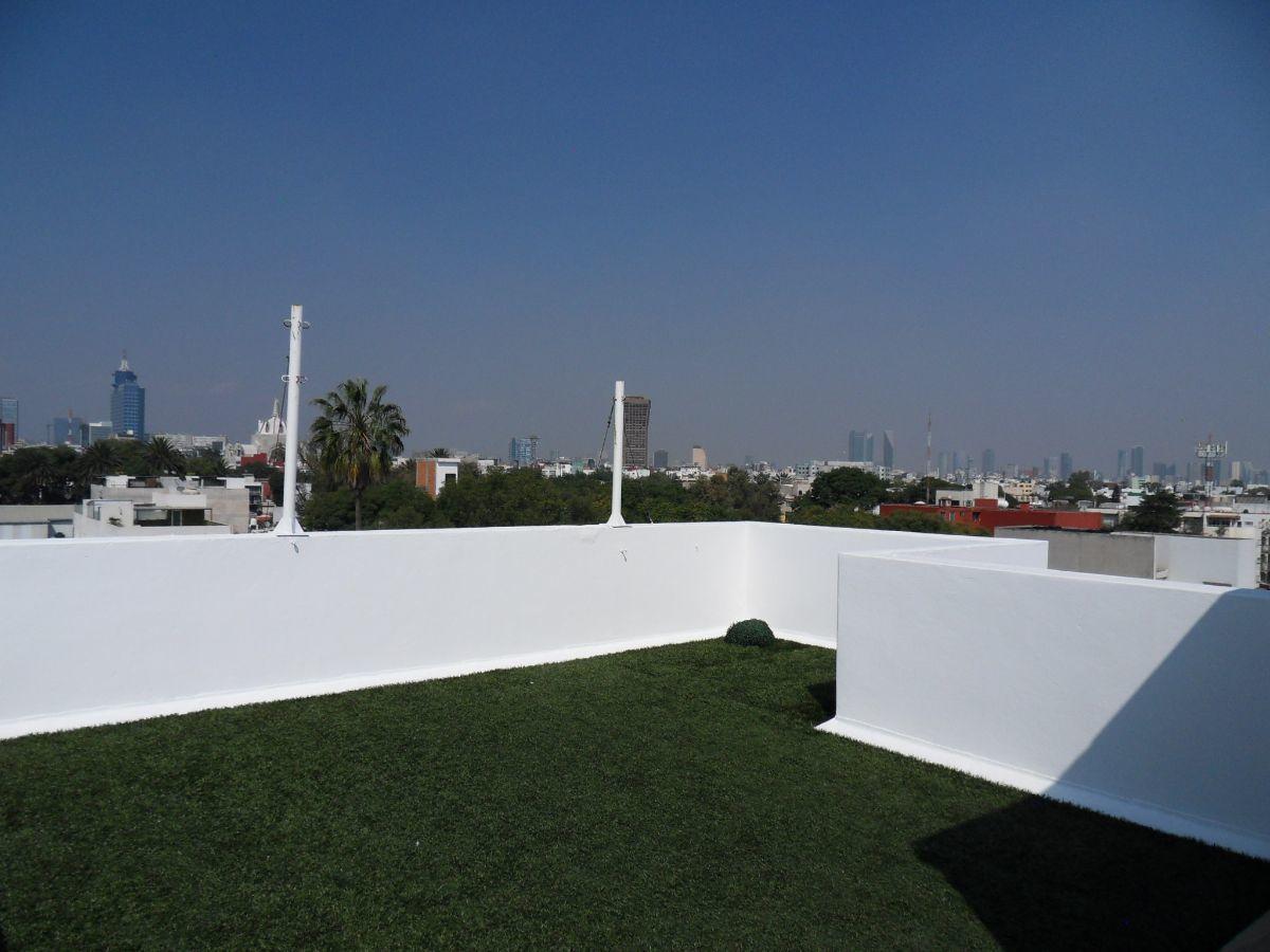 16 de 21: Roof garden privado