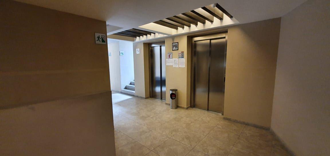 16 de 31: 2 elevadores