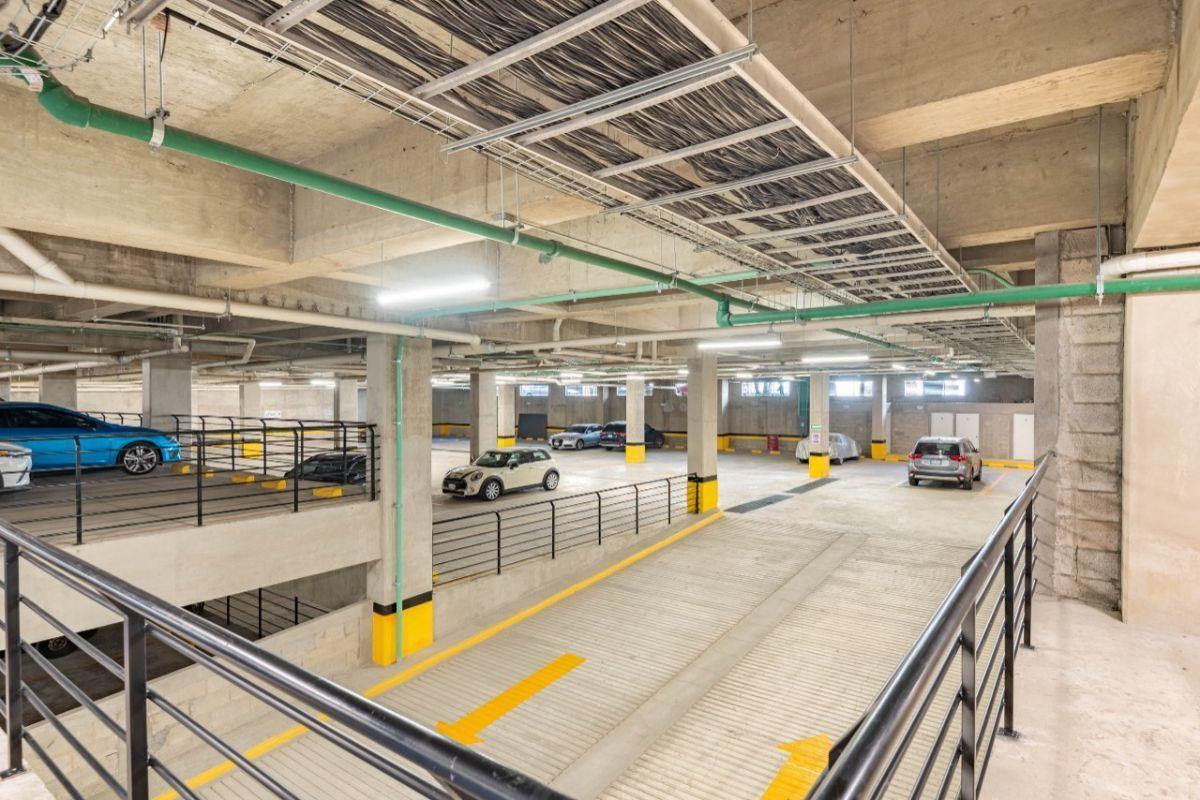 29 de 31: estacionamiento sin estorbos