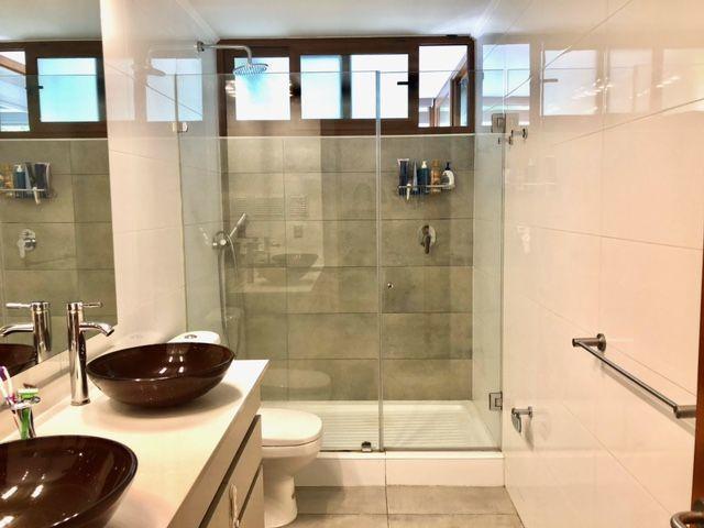 12 de 19: Baño principal