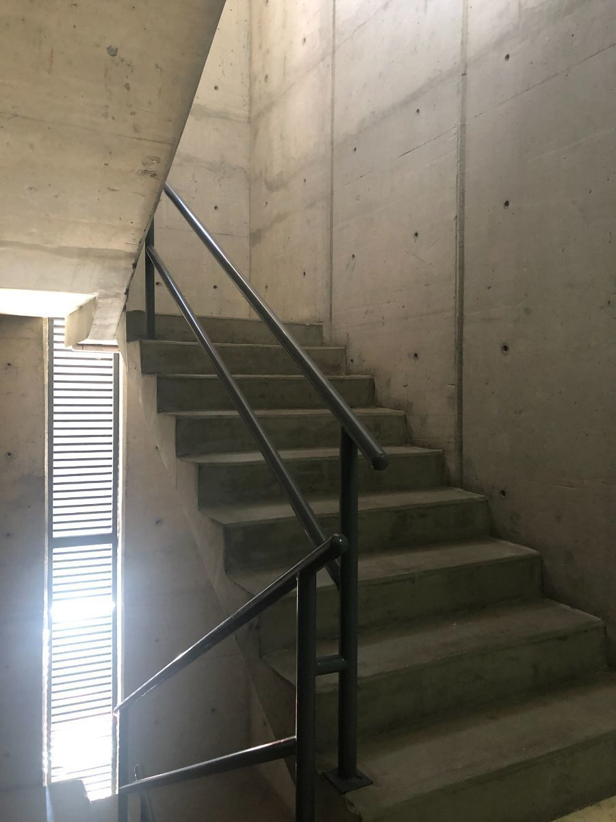 23 de 24: Escaleras