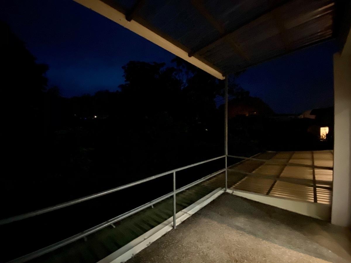 15 de 19: Balcón de habitación principal