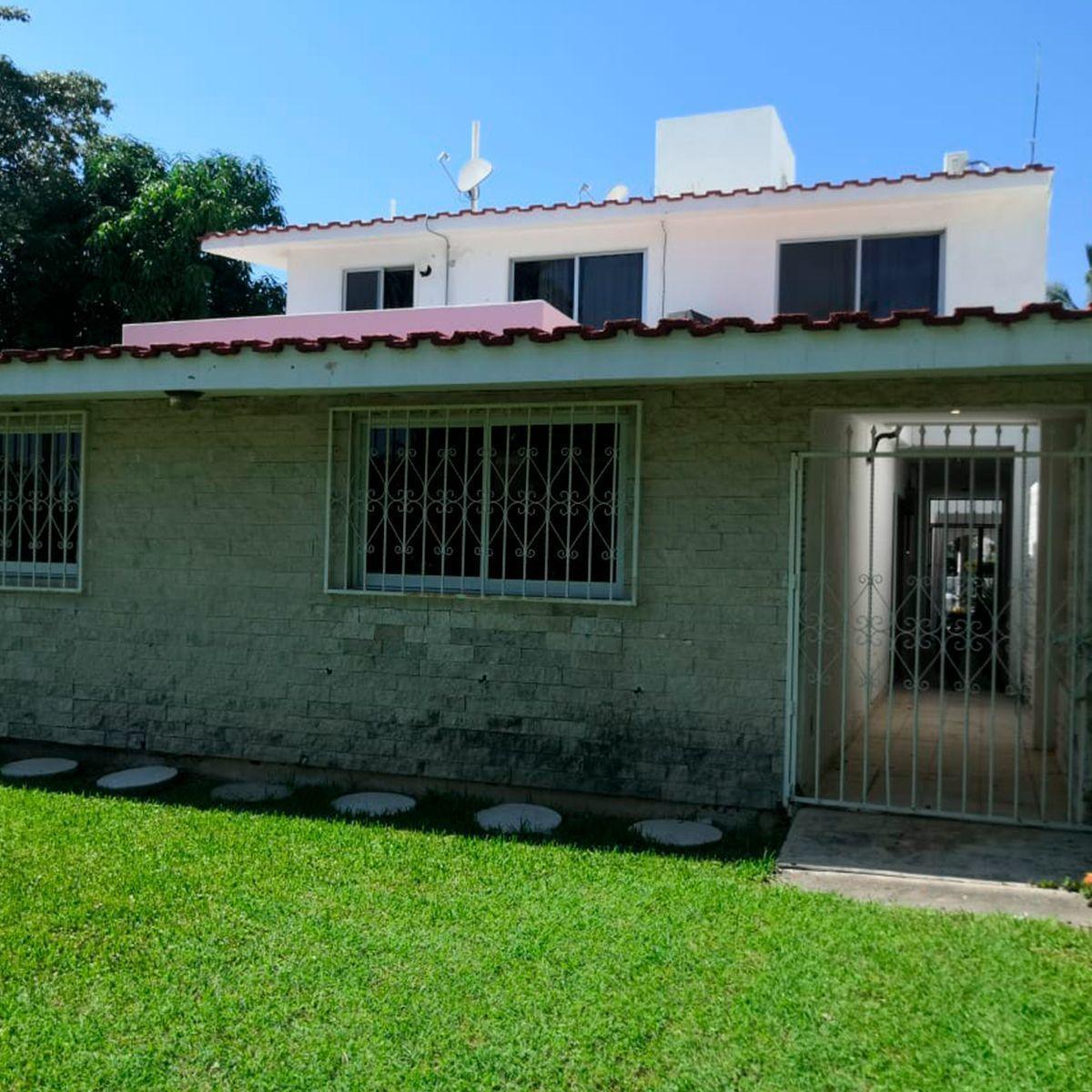 2 de 12: Casa en renta en el cid