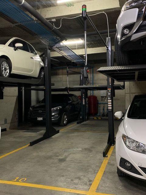 18 de 18: Estacionamiento