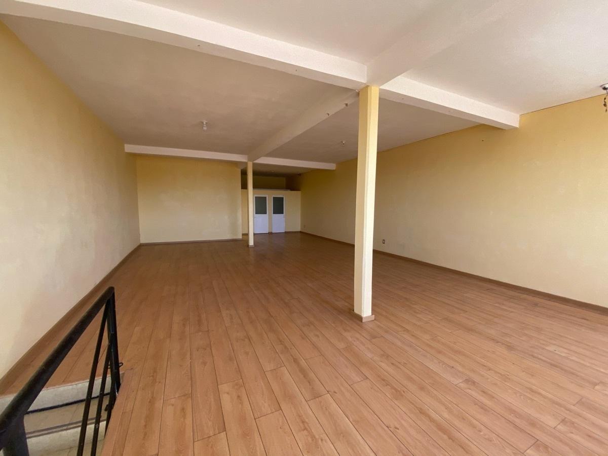 13 de 15: Edificio de 2 niveles - Habitacional  + Comercial